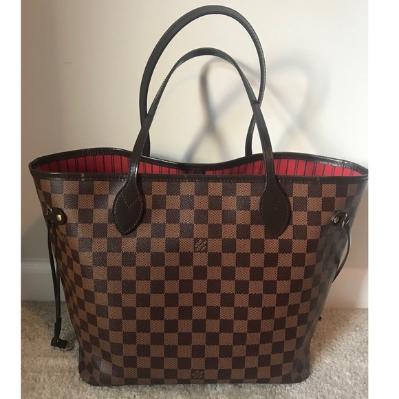 4cf624283c20b Louis Vuitton Handbags - • Louis Vuitton Neverfull MM •